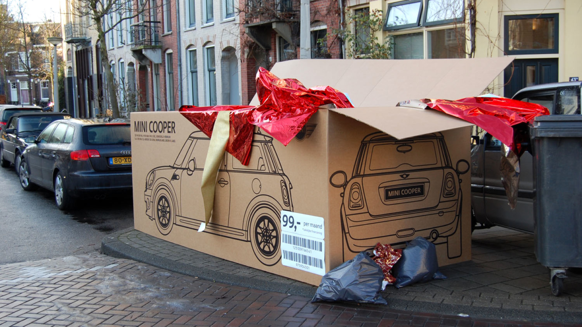 Mini Cooper Marketing Strategy - Gift Box